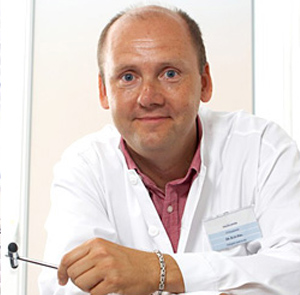 Dr. Elek Emil Miklós